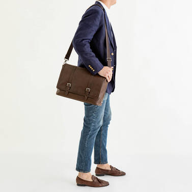 Mason Messenger Cocoa Brown Manchester On Mannequin