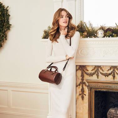 Claire Cognac Topsail Lifestyle