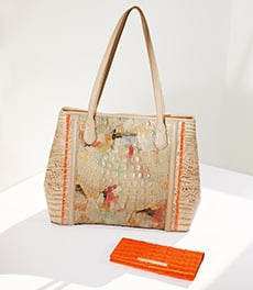 Medium Julian Oasis Rosella and Ady Wallet Tangerine La Scala